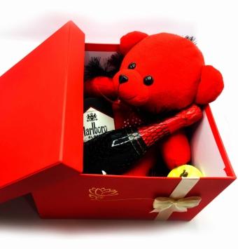 باکس ولنتاین قرمز